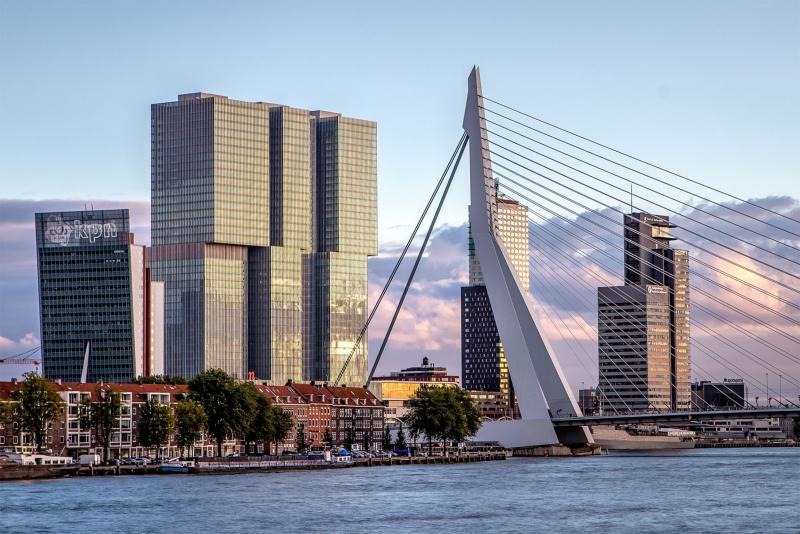 Wilhelminakade 173 in Rotterdam